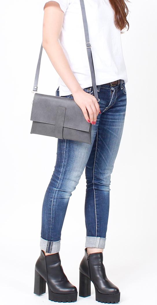 2way-clutch-bag-1-styling2-slim